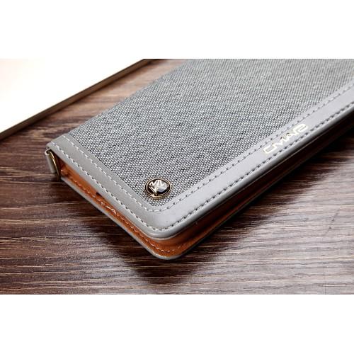 CMAI2 plånboksfodral i denim och konstläder för iPhone 7 och 8. Snyggt fodral i denimmaterial och delikata sömmar som ger en elegant look. Plats för både kort och sedlar och fodralet kan även vikas till ett smidigt ställ. Praktisk handledsrem medföljer också! Passar: iPhone 7 och 8 Färg: Grå produktbild 5